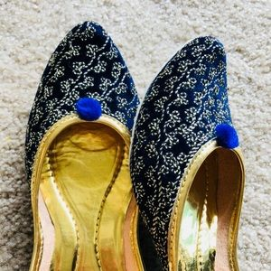 Shoes - MOVING OUT SOON ! MUST GO ! Blue Blue Nights Jutti